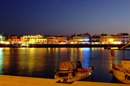 Hersonissos nocą Kreta