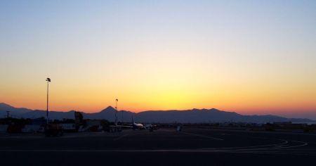 Zachód słońca Kreta lotnisko