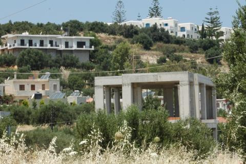 Kreta domy w budowie